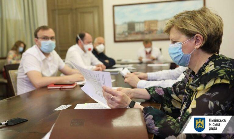Ще 68 медичних працівників Львова, які інфікувались COVID-19, отримають від міста по 20 тис грн допомоги  Львівська міська рада