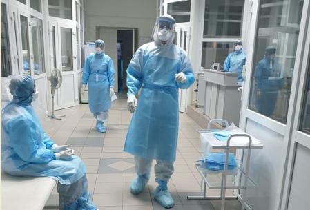 У Львові ще 69 медиків отримають матеріальну допомогу