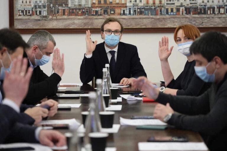Виконавчий комітет прийняв ряд рішень щодо виплати матеріальної допомоги воїнам АТО та родичам загиблих на Скнилові