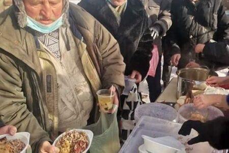 Допомагаймо безпечно: звернення щодо організації безпечного харчування потребуючих людей