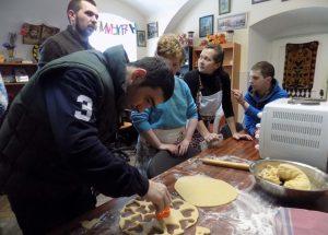 У Львові для молоді з інвалідністю створили «Соціальну майстерню»