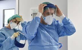 Ще 200 медичних працівників отримають матеріальну допомогу від мерії Львова