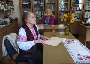 У Львові люди з інвалідністю по зору написали диктант шрифтом Брайля