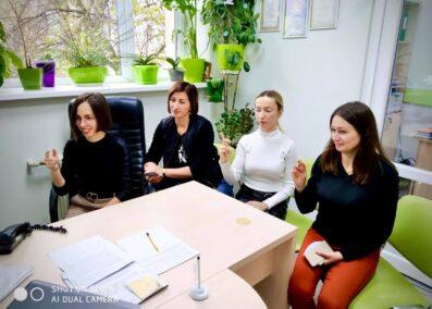 Працівники соціальних установ Львова вивчають жестову мову