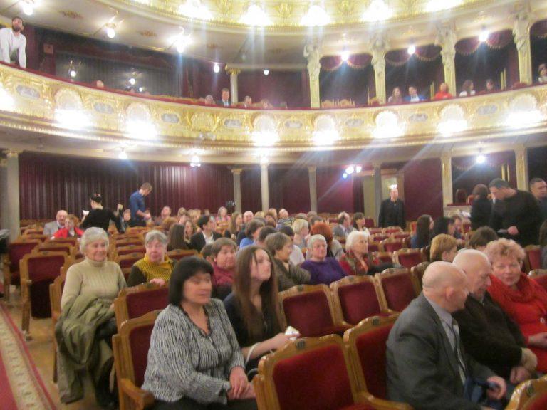 Літні городяни побували в Львівській опері