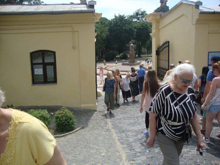 Літні городяни побували у Храмі Святого Юрія