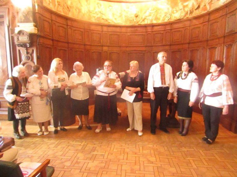 У Львівському міському територіальному центрі відзначили Всесвітній День вишиванки.