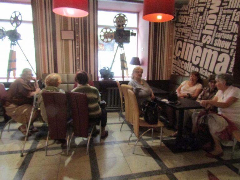 Відвідувачі центрів денного дозвілля Львівського міського територіального центру побували у кінопалаці «Копернік»