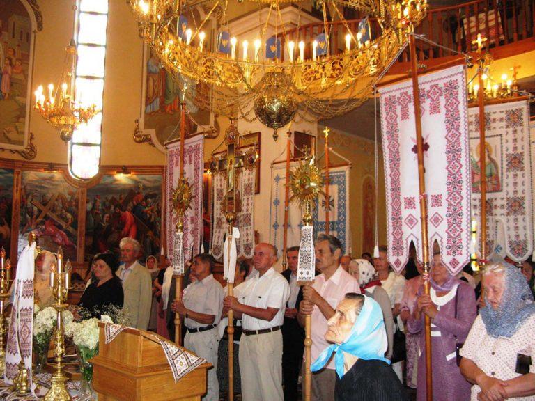 Львів'яни літнього віку відзначили Різдво святого Івана Хрестителя