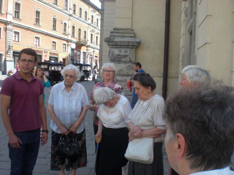 Відвідувачі дозвілля при Храмі Покров Пресвятої Богородиці побували на екскурсії в Латинському кафедральному соборі у Львові