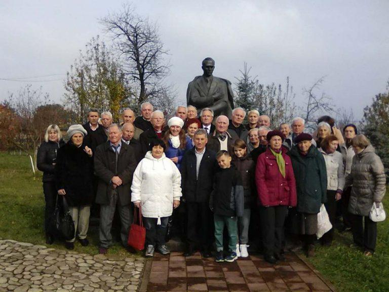 Львівські ветерани побували на пізнавальній екскурсії до батьківщини Степана Бандери, а також до Гошівського монастиря