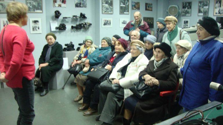 22 листопада літні львів`яни мали нагоду послухати історію львівського телебачення, побувати в музеї на території телекомпанії