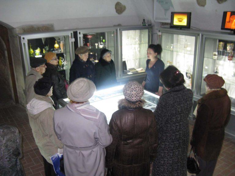 Львів'яни літнього віку проводять дозвілля розширюючи культурні горизонти