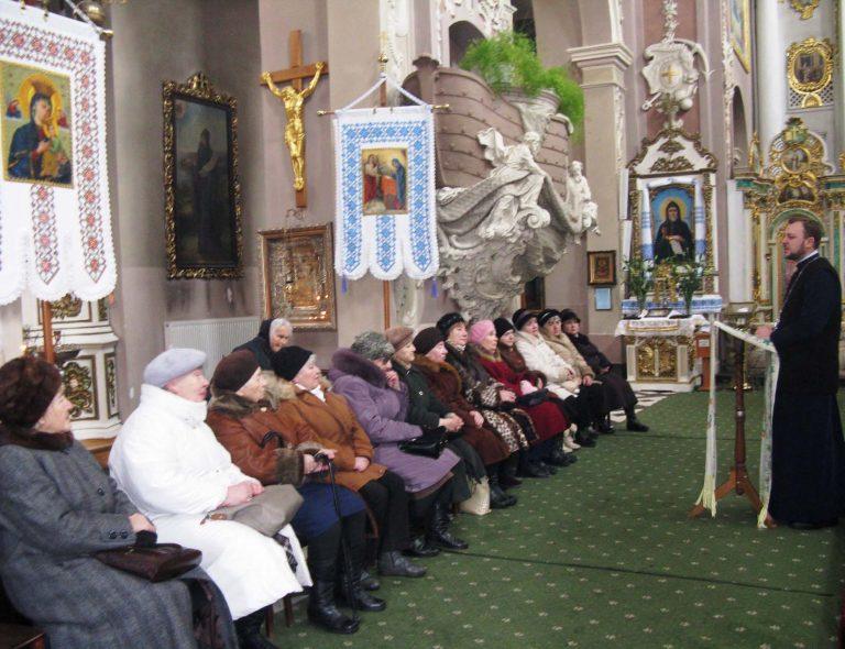 Літні городяни відзначили cвято Собору трьох Святителів