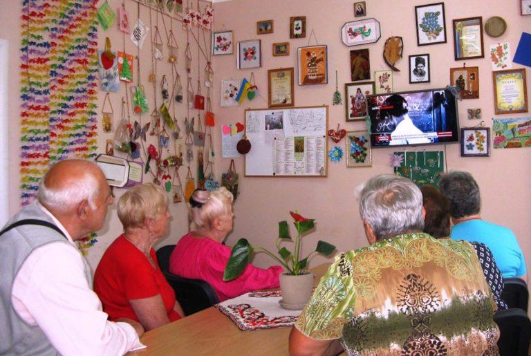 Львів'яни літнього віку вивчали творчість та життєвий шлях Олександра Довженка