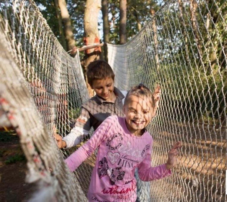 У Львові для дітей організували поїздку у ведмежий притулок «Домажир»