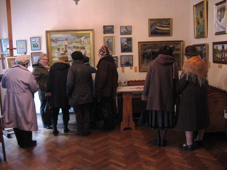 Львів'яни поважного віку побували на екскурсії у музеї Олени Кульчицької