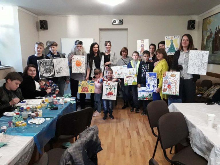 У Львові діти Героїв АТО творили обереги для родин