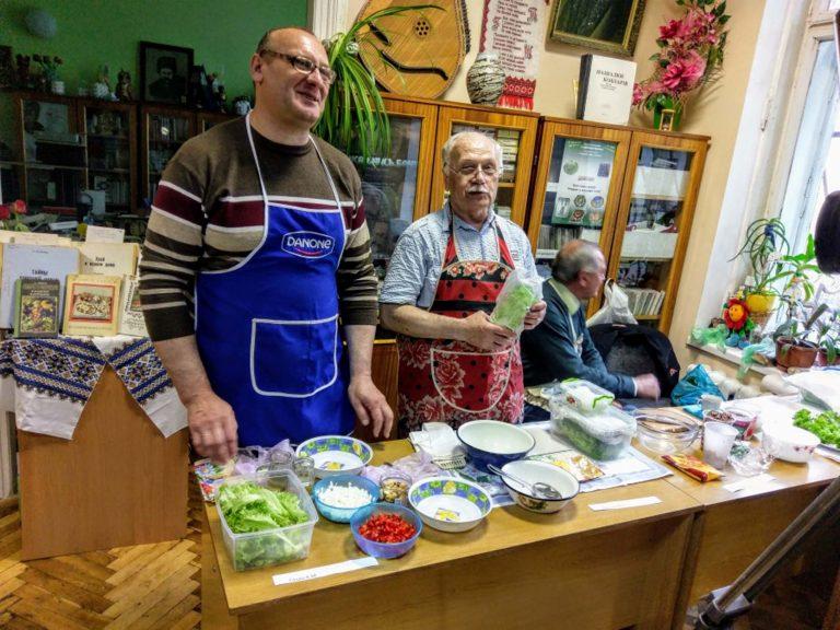 У Львові люди з інвалідністю по зору змагалися у кулінарному конкурсі